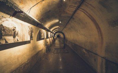 Sprehodite se po skrivnostnem podzemlju Tezna!